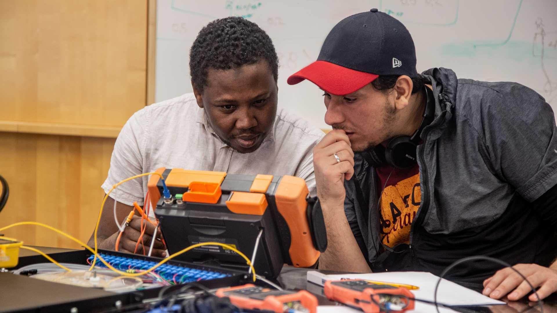 Mätkurs på YH-utbildningen Fibertekniker