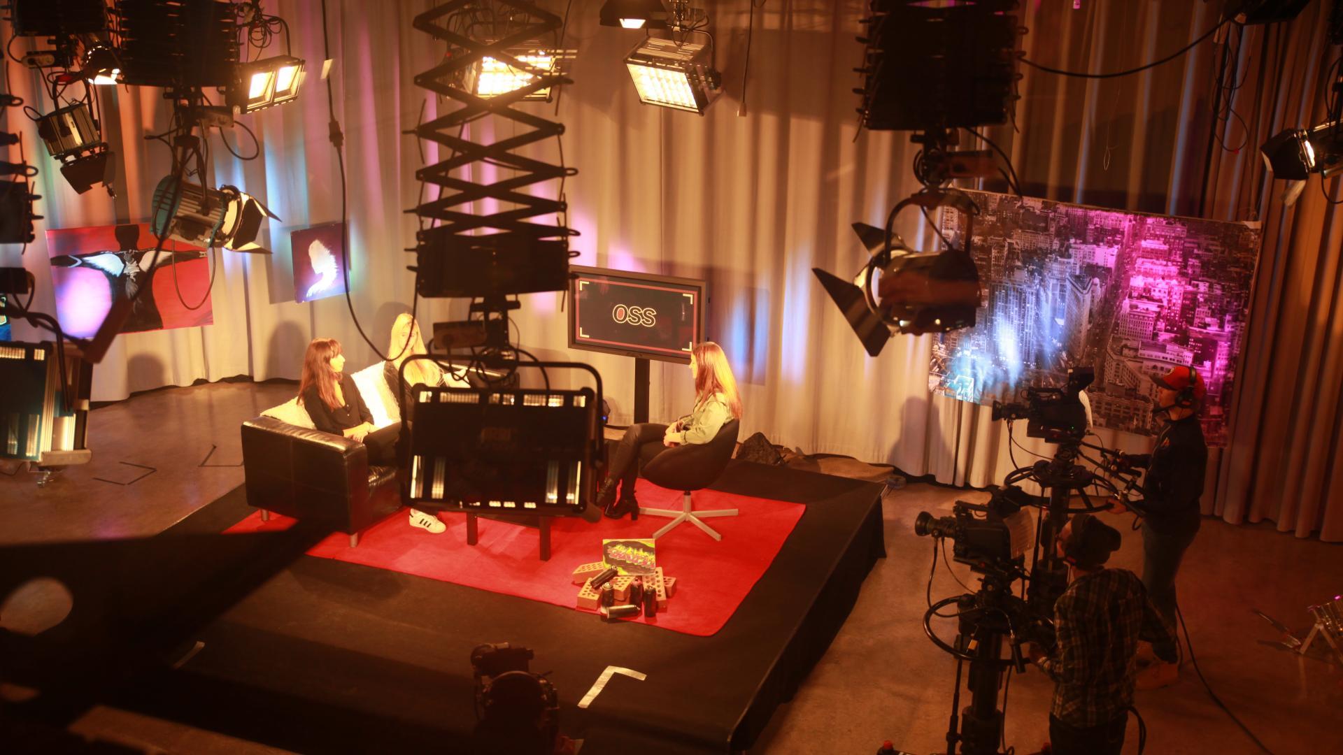 A-studion